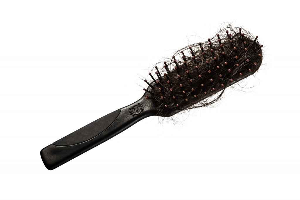 TPPK_HAIRBRUSH_AD_sideways