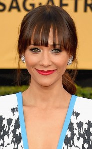 rs_634x1024-150125184447-634.rashida-jones-beauty-sags-0115