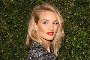 gallery-1453375293-rhw-chanel-and-charles-finch