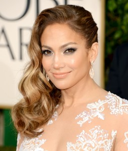 1420662358_jennifer-lopez-zoom
