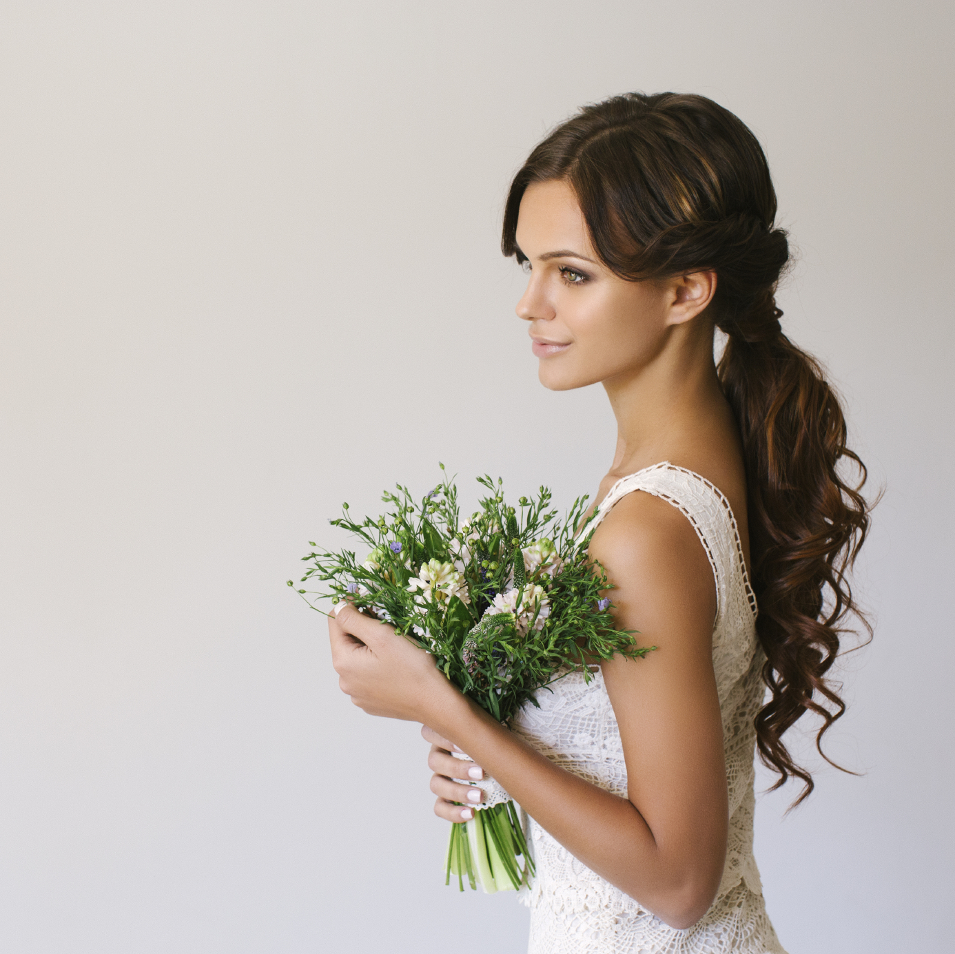 Tips & Ideas to Style Your Wedding Day Look