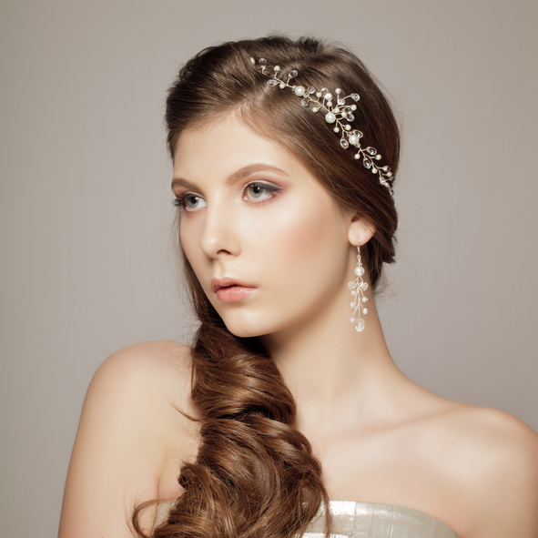 wedding hairstyles for thin hair - side twist with accessories