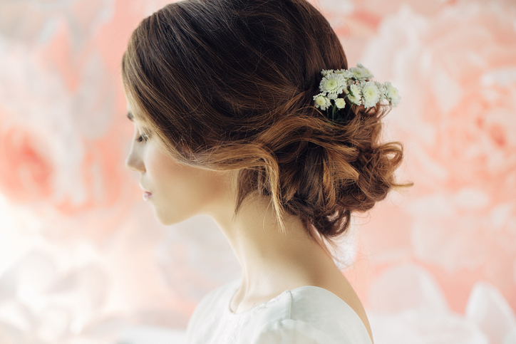 wedding styles for fine hair wedding hairstyles for thin hair toppik 3474 | iStock 636157318