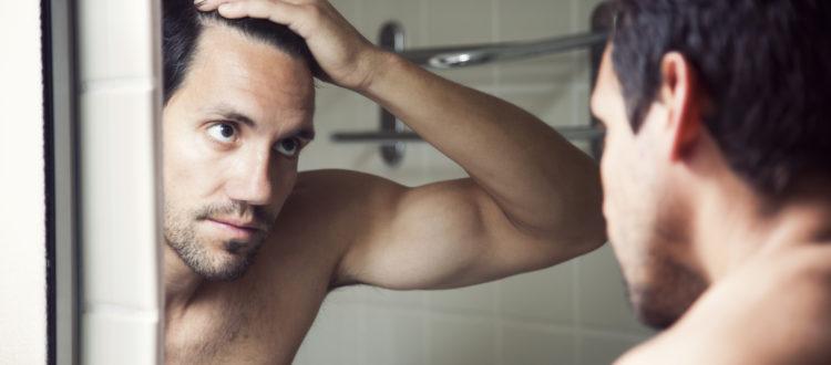 mirror-man-thinning-hair-DHT-hair-loss
