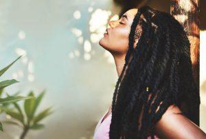 box braids side woman long hair african american top tips choosing braids for thin hair toppik hair blog