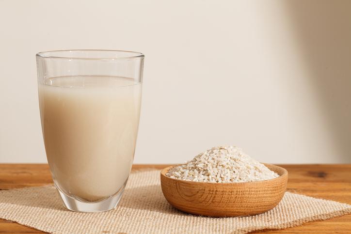 how does rice help hair?